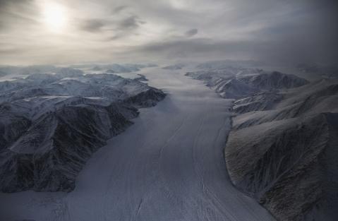 mario-tama-arctic-ice-canada-1
